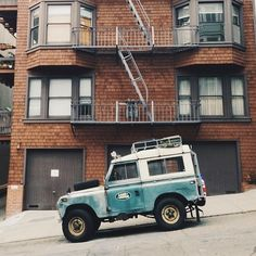 Perfect look for a Land Rover Series. Land Rover Series 3, Land Rover Defender 110, Defender 90, Landrover Defender, Adventure Car, Best 4x4, Triomphe, Vintage Trucks, Land Cruiser