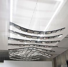 Manta Rhei: Kinetic Luminaire by Selux and ART + COM