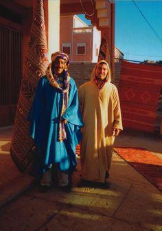 Berber Rugmen in Morocco - Maroc Désert Expérience tours http://www.marocdesertexperience.com