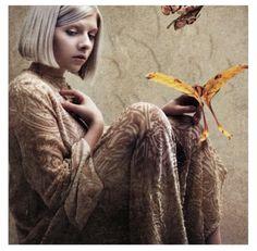 Aurora / (Runaway) love it!! I'm totally addicted to this Artist. :)