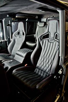 The Urban Leather trimshop specialises in leather trimming services to premiums sport and SUV vehicles.