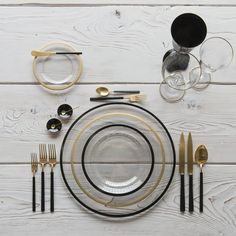 RENT: Halo Glass Chargers/Dinnerware in Black + Halo Glass Dinnerware in 24k Gold +