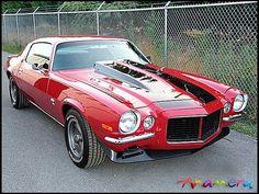 1970 Chevy Camaro. Gorgeous :)