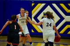 Women's Basketball Falls at Morris