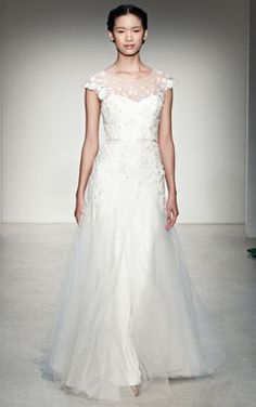 Do you enjoy a good vintage? Then you have to check out these 10 Vintage Inspired Wedding Dresses! MountainModernLife.com