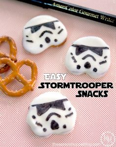 May the Fourth be with you! Easy to do with these easy Stormtrooper Pretzel Snacks that celebrate Star Wars | Scrap Shoppe blog