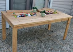 Picnic Table with Built-In Beverage Coolers from KregJig.ning.com