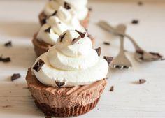 individual frozen creamy chocolate mini pies