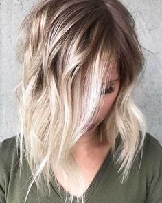 20 Latest Short Choppy Haircuts for Textured Style: #5. Short Blonde Ombre Hairstyle Bob Haircut For Fine Hair, Haircuts For Wavy Hair, Hairstyles Haircuts, Straight Hairstyles, Bob Haircuts, Blonde Ombre Hair, Ombre Hair Color, Balayage Hair, Brown Balayage