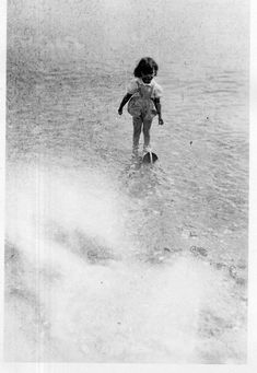[CY158] Photographie Photo vintage Snapshot enfant child plage beach mer sea eau | Collections, Photographies, Autres | eBay!