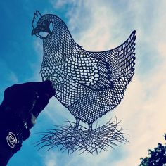 Chicken - Handcut Paper Animals  - BoredPanda - Cut by Jo Chorny also known as peaceofpaper1