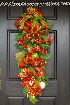 Holiday Door Teardrop Swag