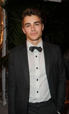 dave franco from now you see me!! (Yes he has a brother who's in spider man and in Oz :)