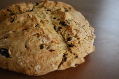 Vegan Irish Soda Bread: Saint Patrick's Day is just two weeks away, and while I am neither Irish and nor really into holidays that don't involve getting a day off work, I do savor any excuse to make Irish soda bread. Vegan Dishes, Vegan Desserts, Vegan Recipes, Cooking Recipes, Vegan Banana Bread, Vegan Bread, Banana Nut, Saint Patrick, Soda Bread