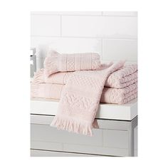 Citta Design Soft pink Moroccan tile towels ($6.03) ❤ liked on Polyvore featuring home, bed & bath, bath, bath towels, bath hand towels, jacquard bath towels, textured bath towels, stripe bath towels and light pink bath towels