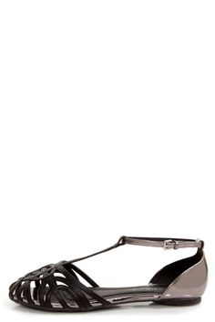 Wild Diva Lounge Starla 140A Black and Pewter Cage Flats - $25.00
