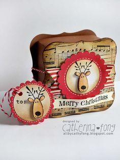 Merry Christmas gift box and tag