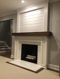 17 Simple Design Living Room Fireplace - Home Decor Fireplace Redo, Faux Fireplace, Fireplace Remodel, Living Room With Fireplace, Fireplace Surrounds, Fireplace Design, Fireplace Ideas, Mantel Ideas, Renovate Fireplace