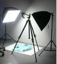 Product Photography Tips - Make your online merch store pop with pro techniques (helpful for musicians!)
