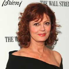 Susan Sarandon's lovely Light Brown Red Copper haircolor and face-framing layers brighten her face for a youthful glow. Learn how to get your own flattering shade to cover gray hair here: http://fabfitfun.com/revolutionize_your_hair_color_2/
