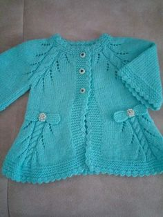 Collar Patterned Twirl And Openwork Patterned Pearl And Bow Trim Cardigan . Knitting For Kids, Baby Knitting Patterns, Knitting Designs, Knit Baby Sweaters, Girls Sweaters, Baby Coat, Kids Patterns, Kids Coats, Knitting Videos