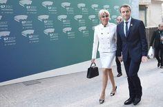 Un couple uni Brigitte et Emmanuel Macron main dans la main à la soirée du G20