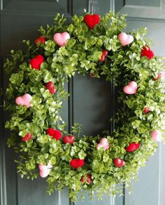 Boxwood Wreath with Hearts. DIY Valentine Wreath Crafts – Adorable Valentine's D… Boxwood Wreath with Hearts. DIY Valentine Wreath Crafts – Adorable Valentine's Day Decor Ideas for Your Door. Valentine Day Wreaths, Valentines Day Decorations, Valentine Day Crafts, Holiday Crafts, Holiday Wreaths, Valentines Day Office, Valentines Hearts, Valentine Day Love, Holiday Tree