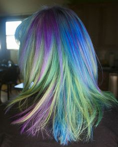 A closer look at the Mermaid Peacock hair I did on @babypaws_