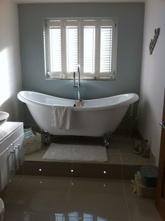Deborah from North Shields makes our free standing bath look reagle and elegent alongside the LED infused steps #VPShareYourStyle