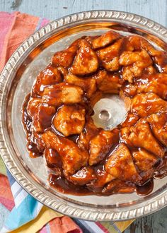 5 Ingredient Caramel Monkey Bread | Neighborfoodblog.com