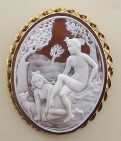 LARGE VINTAGE SHELL CAMEO 9K BROOCH BATHING NYMPHS - MINT