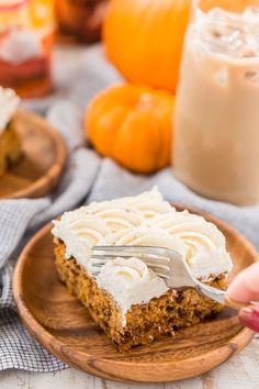 This pumpkin chocolate chip poke cake starts with a box cake mix & pudding mix, making it an easy dessert recipe. You'll love the pudding frosting. Poke Cake Recipes, Poke Cakes, Dessert Recipes, Fluffy Cheesecake, Cheesecake Frosting, Pie Spice Recipe, Pumpkin Spice Cake, Pumpkin Chocolate Chips, Fall Baking