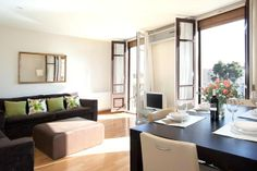 Top End Apartment to rent for Days in Barcelona Double Bedroom, Two Bedroom, Bedrooms, Airbnb Rentals, Luxury Apartments, Bedroom Apartment, Bunk Beds, Vacation, Romantic Destinations