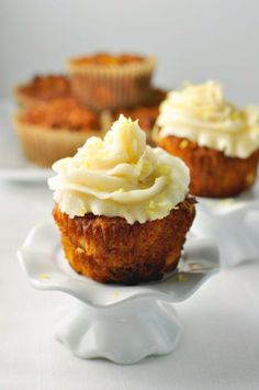 Paleo Carrot Cake Cupcakes. Moist, sweet and tender with no refined sugar or grains. www.flavourandsavour.com