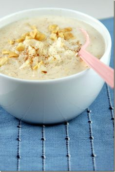 Canjica - Brazilian Pudding with Hominy, Coconut Milk, Condensed Milk and more yummy ingredients! #eat #yum
