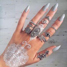 Gorgeous Nails #GreenGoddess