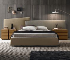 room service collection of modern beds includes a broad range of styles, shapes, and configurations, all created by Italy's finest modern bedroom furniture designers. Featuring the latest modern platform bed designs from top Italian brands. Bed Furniture, Awesome Bedrooms, Mid Century Modern Master Bedroom, Bedroom Design Inspiration, Master Bedroom Design, Bedroom Furniture, Bedroom Furniture Design, Cool Bedroom Furniture, Modern Master Bedroom Design