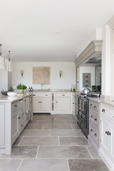 Modern Farmhouse Kitchen, East Sussex - Country kitchen – Humphrey Munson – rustic farmhouse kitchen design You are in the right place a - Country Kitchen Flooring, Country Kitchen Farmhouse, Country Kitchen Designs, Modern Farmhouse Kitchens, Home Decor Kitchen, Rustic Kitchen, Kitchen Interior, Home Kitchens, Tile Floor Kitchen