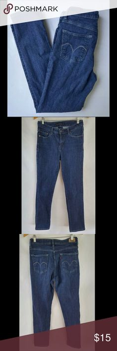 "Levis Jeans Dark Wash Mid Rise Skinny 29 x 30 14.5"" across waistband  10"" rise  30"" inseam   Size tags have been removed, sizing based on measurements. Great pre-owned condition with only the lightest wear. Levi's Jeans Skinny"