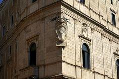 Rom, Piazza della Cancelleria, Palazzo della Cancelleria, Wappen des Papstes Julius II. (coat of arms of Pope Julius II.)