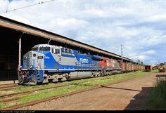 Foto RailPictures.Net: 8321 Rumo / ALL GE AC44i em São Carlos, Brasil por Lucas MR