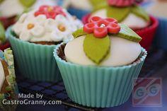 Fondantos cupcake Cupcake, Desserts, Food, Tailgate Desserts, Deserts, Cupcakes, Essen, Cupcake Cakes, Postres