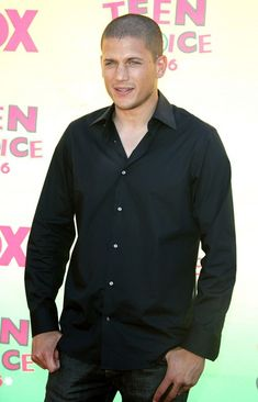 Actor Wentworth Miller arrives at the 8th Annual Teen Choice Awards at the Gibson Amphitheatre on August 20, 2006 in Universal City, California.