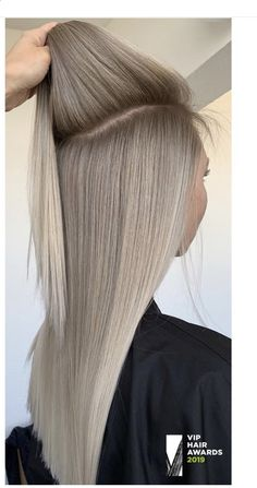 - - - - There is absolutely no disadvantage to flipping by a spg hair tendency report. Worst case situation, you may have expended a short period. Silver Blonde Hair, Blonde Hair Looks, Light Blonde Hair, Balayage Brunette, Balayage Hair, Ombre Hair, Underlights Hair, Hair Highlights, Gorgeous Hair