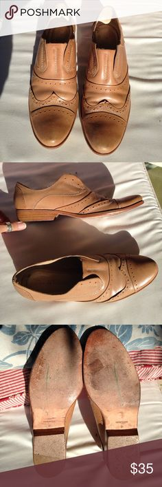 Pour La Victoire Leather Oxfords Vero Cuoio Tan 9 Beautiful supple nude leather loafers/shoes, made in Brazil. EUC. Slip on style. Go with everything! Pour la Victoire Shoes Flats & Loafers