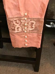 Kurti Sleeves Design, Sleeves Designs For Dresses, Sleeve Designs, Dress Designs, Pakistani Fashion Casual, Pakistani Dress Design, Salwar Pants, Salwar Designs, Indian Designer Wear