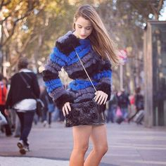 La blogger de Grazia España Sylvia (IS: sylvia_daretodiy) elige este abrigo bestseller. No esperes a que se agote!   Fashion blogger Sylvia from Grazia Magazine chooses this bestseller coat. Don't wait until it will be sold out!   Shop > Europe: j.mp/CustoNeticEU   America: j.mp/CustoNeticAM