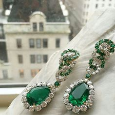 @legendaryjewelry. Jewelry pick Emerald Earrings