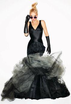 Quay Eyewear 1518 Sunglasses in Jelly Pink - as seen on Gwen Stefani