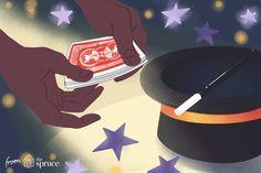 Cada persona no japonesa que he conocido que ha viajado a Japón, tanto tejedores como no tejedores, me ha dicho que Japón es algo que no debe perderse. Que hay cosas que verás en Japón que simplemente no puedes ver en ningún otro lado. Parece que esta afirmación también se aplica al tejido de punto. Las formas, estilos y puntadas ... Easy Card Tricks, Hand Tricks, Magic Card Tricks, Card Tricks Revealed, Shadi Card, Hand Gif, Magic For Kids, Sleight Of Hand, Baby Cardigan
